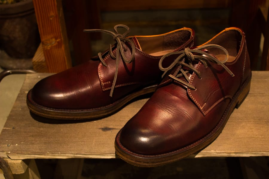"シーンを選ばず毎日でも履ける『MOTO』""PLANE TOE OXFORD SHOES""をご紹介"